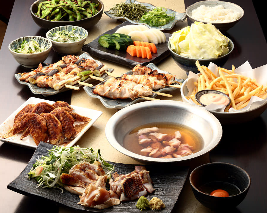 とりいちず食堂 蕨駅前店の鶏料理を満喫できる〈食べ放題×飲み放題コース〉